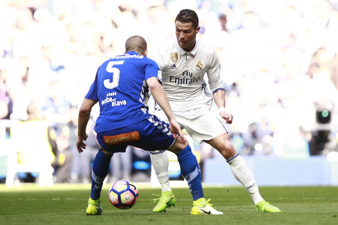 «Реал» первым изиспанских команд забил в50 матчах подряд