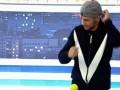 Ломаченко показал скорость рук с помощью мяча и резинки от трусов
