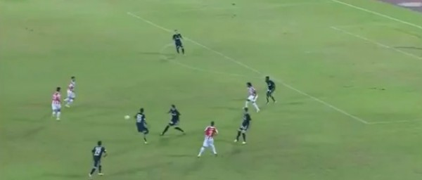 Курьезный автогол помог Олимпиакосу победить в матче Кубка Греции