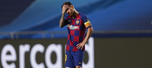 Барселона задолжала более миллиарда евро
