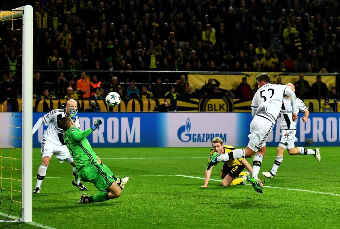 Легия выдала один из самых диких матчей в Лиге чемпионов, проиграв Боруссии Д  8:4