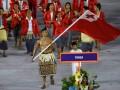 Обнаженный знаменосец на церемонии открытия Олимпиады стал звездой Интернета