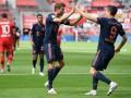 Бавария обыграла Байер в результативном матче