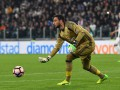 Вратарь Милана проворонил гол в свои ворота
