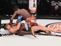 Нджокуани – Фиальо: Видео нокаута на Bellator 167