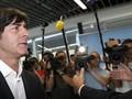 Сборная Германии извинилась за побег от болельщиков