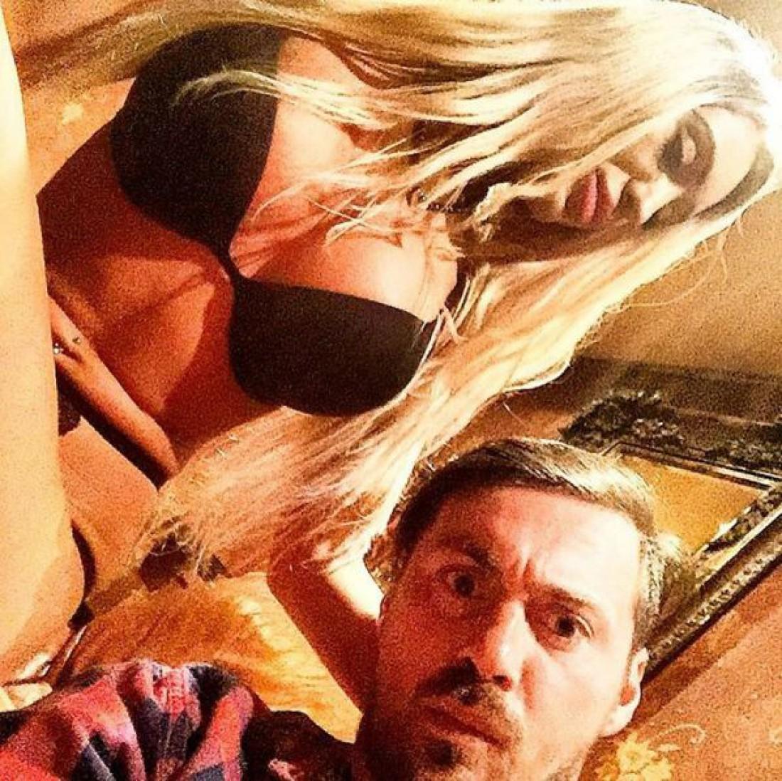 Артем Милевский и сексуальная блондинка