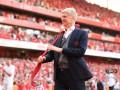 Венгер во время прощания с Арсеналом подарил семилетнему фанату свой галстук