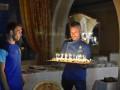 Караваева поздравила сборная Украины праздничным тортом
