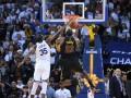 Отчет НБА: Дюрант дважды сфолил на ЛеБроне в ключевой атаке
