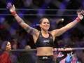 Чемпионка UFC восхитила болельщиков откровенным фото после победы