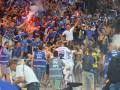Ультрас Динамо и Айнтрахта устроили массовую драку в центре Киева