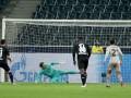 Пятов продлил серию матчей с пропущенными голами в Лиге чемпионов до 26