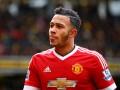 Экс-игрок Манчестер Юнайтед почувствовал себя гангстером и выкурил здоровенную сигару