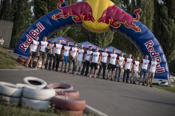 Участники финала Red Bull Kart Fight