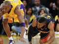 NBA: Лейкерс с трудом побеждают Воинов