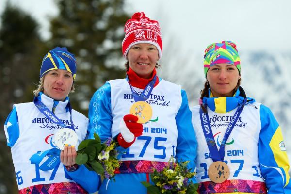 Украинки Юлия Батенкова (слева) и Александра Кононова (справа) внесли свой вклад в медальную копилку