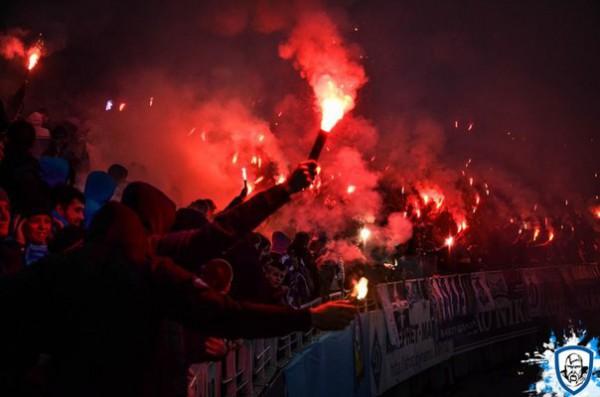 Болельщики Динамо зажигали на матче против Арсенала
