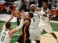 Плей-офф НБА: Милуоки разбил Атланту и сравнял счет в финальной серии Востока