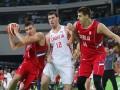 Баскетболист сборной Сербии сорвал трусы с партнера по команде