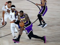 НБА: Лейкерс уступил Индиане, Денвер в овертайме обыграл Юту