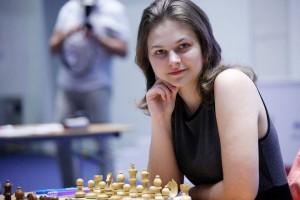 Украинская красавица, ставшая чемпионкой мира по шахматам