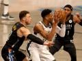 Плей-офф НБА: Бруклин обыграл Милуоки, Финикс справился с Денвером