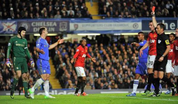 UEFA просит отменить правило тройного наказания