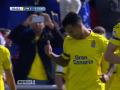 Голевой пас пяткой в исполнении игрока Лас-Пальмас против Барселоны
