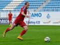 Металлург расторг контракты с двумя футболистами