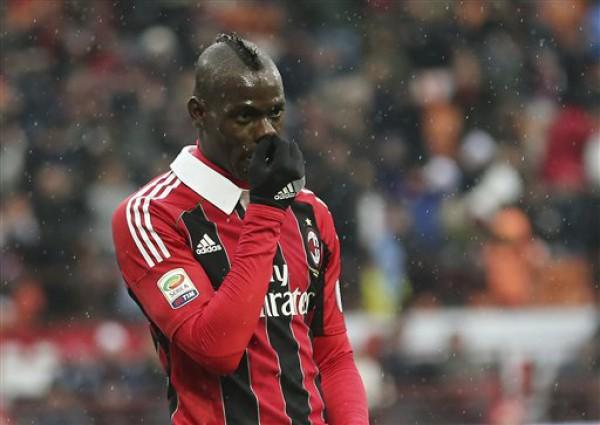 Балотелли все забивает и забивает за Милан