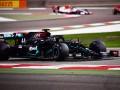 Хэмилтон выиграл вторую тренировку Гран-при Бахрейна