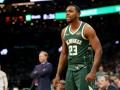Великолепный слэм-данк Брауна - лучший момент дня в НБА