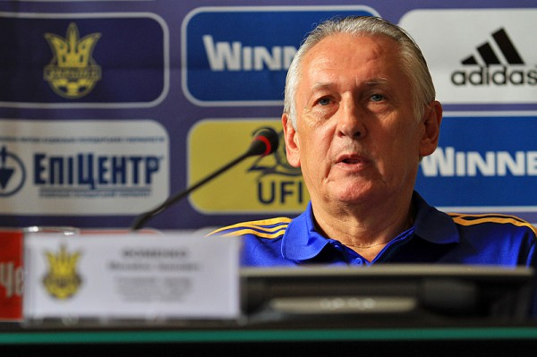 Фоменко: Вероятно, не сможем рассчитывать на троих футболистов