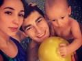 Полузащитник Шахтера впервые сводил сына в бассейн