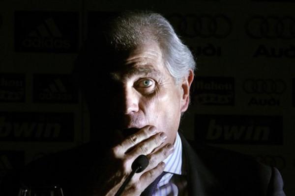 Рамон Кальдерон вышел из тени и