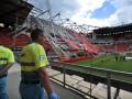 Под обрушившейся крышей стадиона Твенте погиб один человек и десятки пострадали