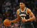 Данк ЛеБрона и проход Адетокумбо – среди лучших моментов дня в НБА