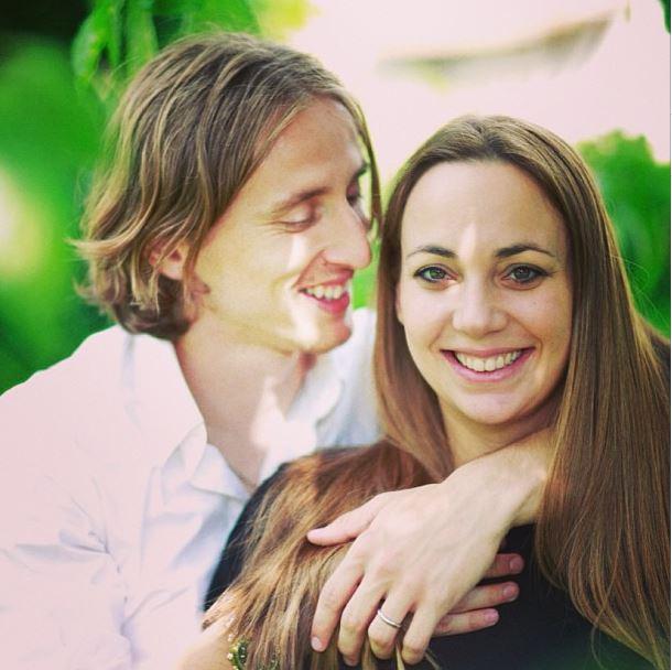 Модрич с женой
