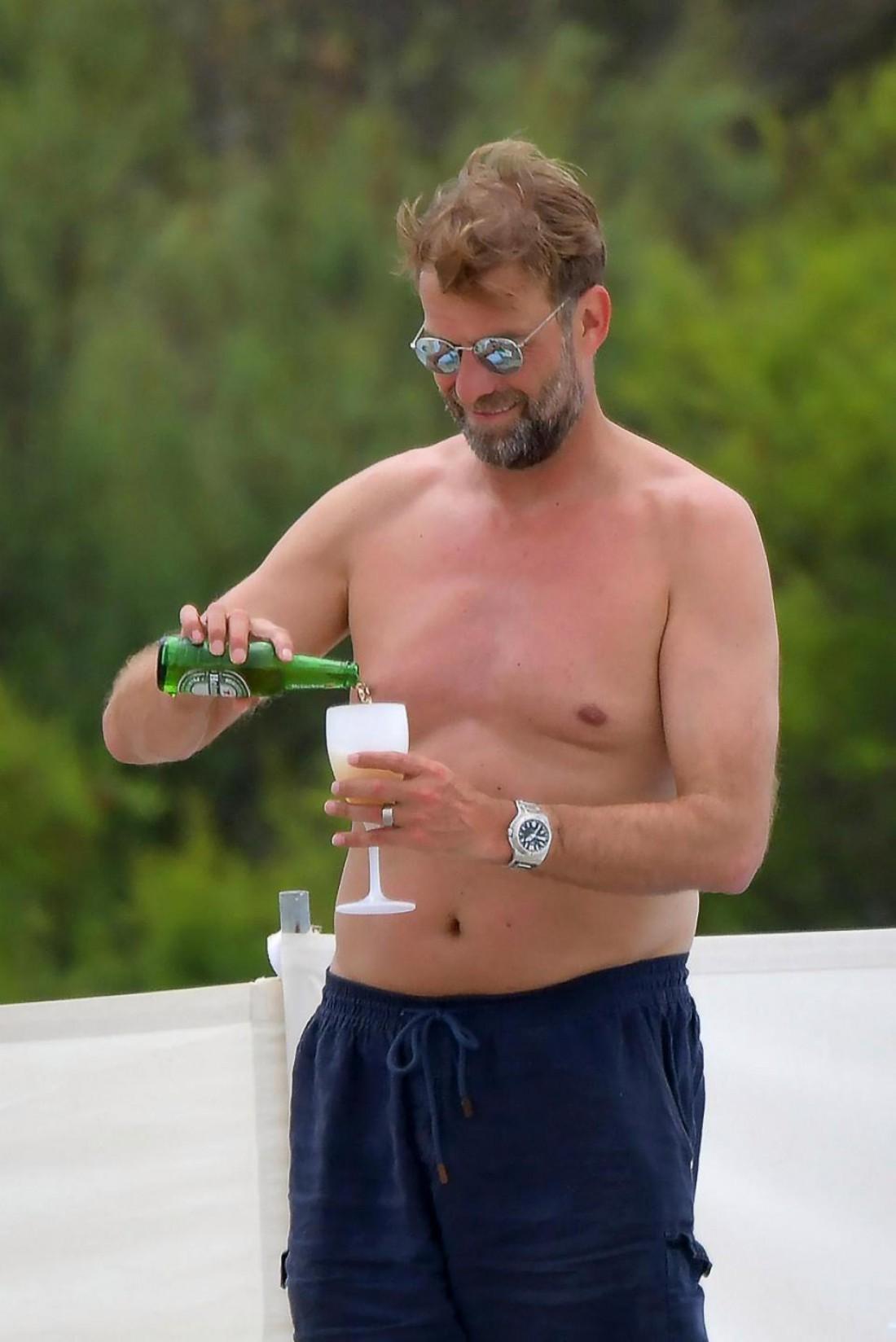 Юрген Клопп отдыхает в Сен-Тропе