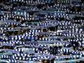 Скандал дня: Фанаты Динамо жгли шарфы Днепра-1 и пели нецензурные кричалки