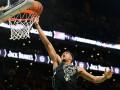 Данк Адетокунбо - среди лучших моментов дня в НБА