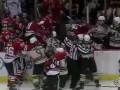 Массовая драка хоккеистов под овации трибун