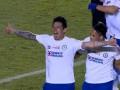 В Мексике футболист, выбивая мяч, забил гол с центра поля