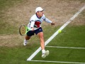 Алекс Де Минор едва не упал через сетку в полуфинале турнира АТР в Истборне