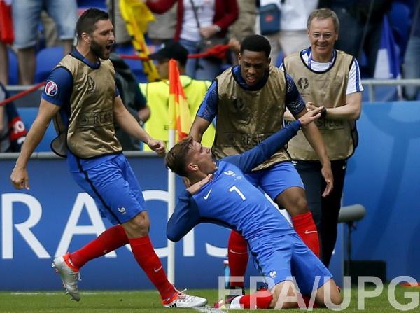 Дубль Гризманна принес Франции победу