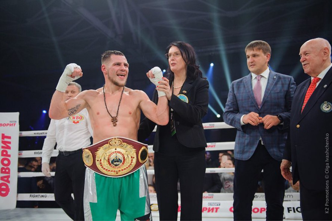 Денис Беринчик завоевал пояс WBO International