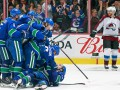 НХЛ: Каролина усупила Аризоне, Ванкувер одолел Колорадо в овертайме
