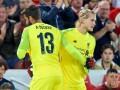 Фанаты Ливерпуля встретили Кариуса бурными овациями во время матча против Торино