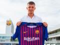 Сын агента Де Йонга стал игроком Барселоны